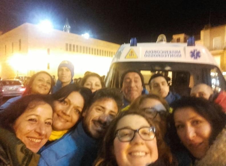 """Celebrata l'apertura della Porta Santa al """"Bonomo"""". Ampia partecipazione di volontari"""