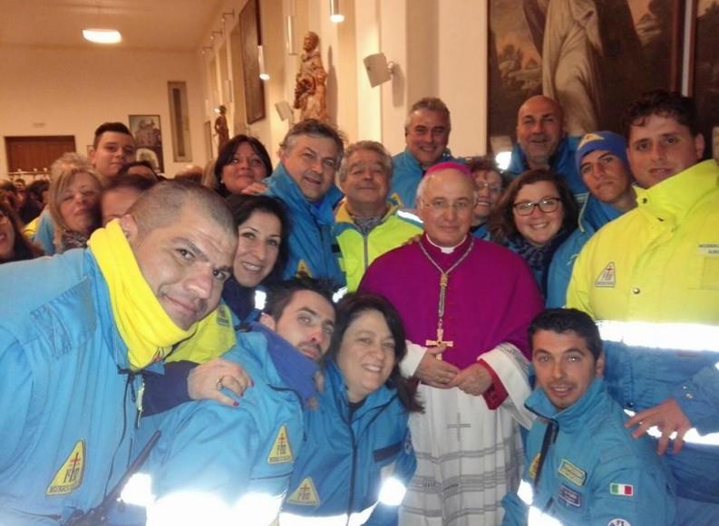Gli auguri della Misericordia di Andria al Vescovo della Diocesi Mons. Luigi Mansi