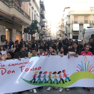In cammino con Don Tonino, oltre un migliaio i partecipanti alla marcia andriese