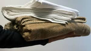 Baraccopoli nei pressi del Cara di Borgomezzanone: raccolta umanitaria di coperte, biancheria e prodotti per l'igiene personale