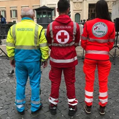 """118 in Puglia, il mondo del volontariato: «Da eroi ad associazioni considerate """"illegali"""". Questo il miglior servizio d'Italia»"""