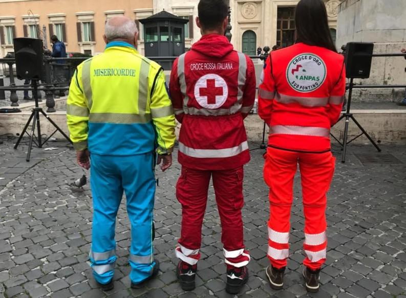 Ambulanza incendiata alla CRI di Taranto: la solidarietà di Misericordia, Anpas e Croce Rossa